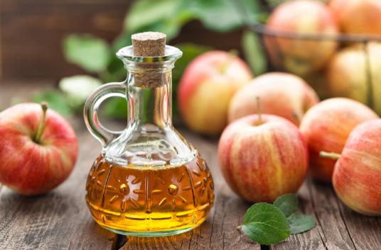 Apple cider vinegar for flea treatment